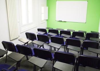 Alquila aula Génova